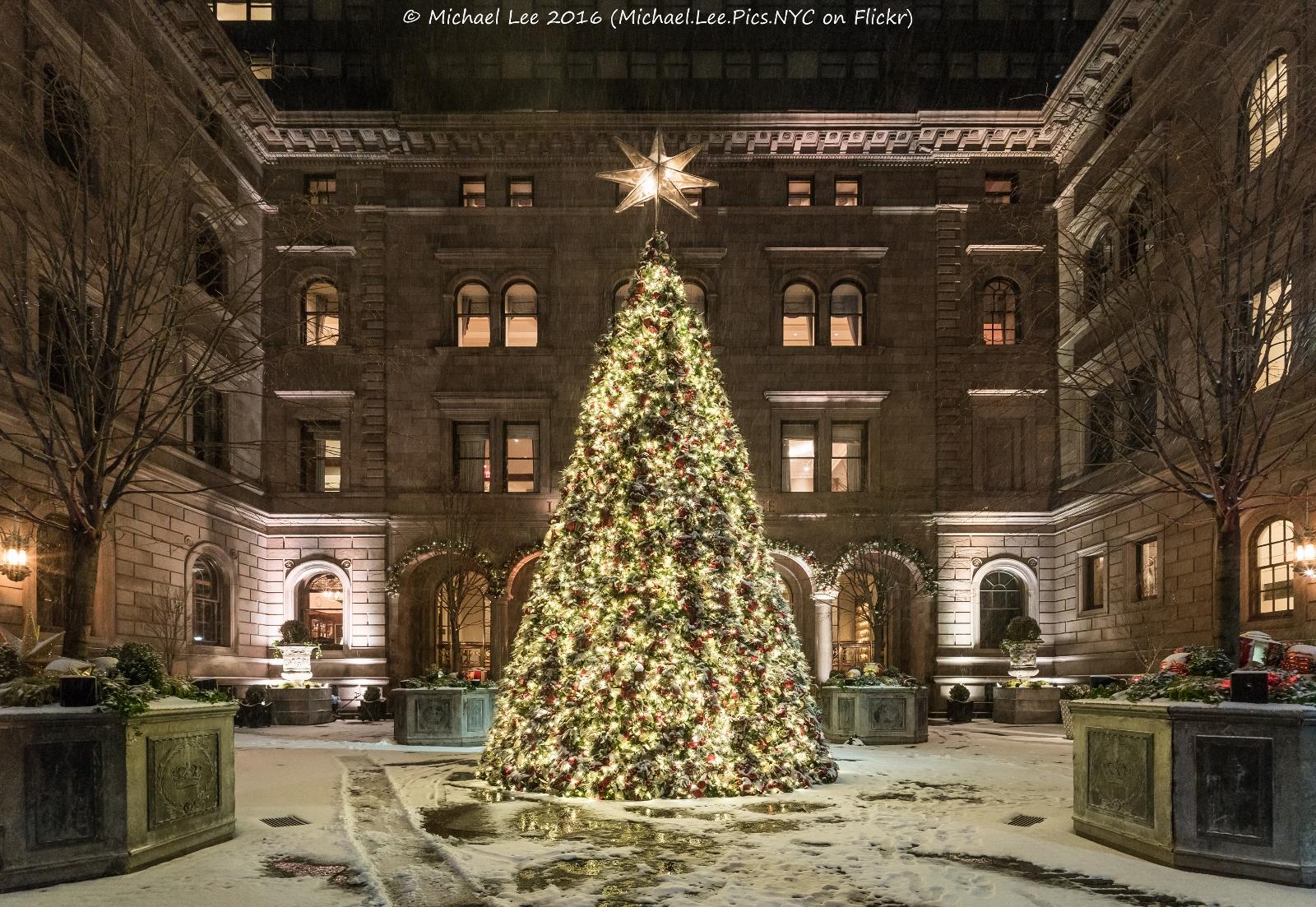 Villard Houses/Lotte New York Palace & Holiday Lights in New York u2013 2016 u2013 Michael Lee azcodes.com